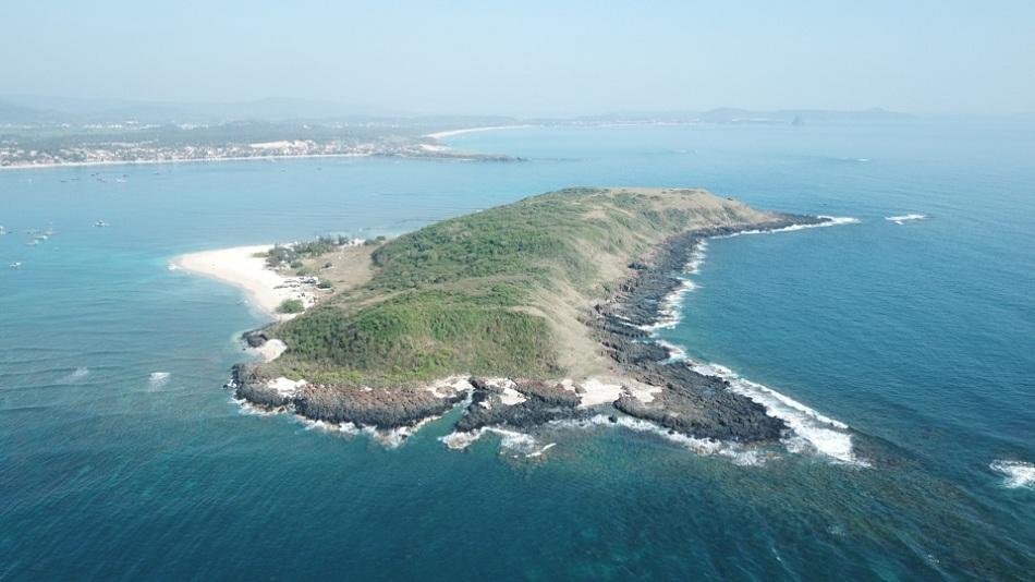 Tour Đảo Hòn Chùa – Ngắm San Hô – Gành Đá Đĩa